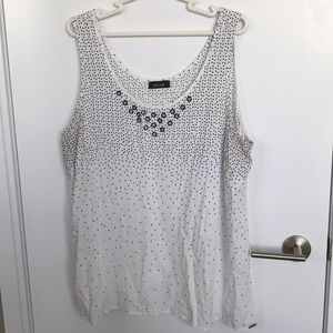 MBLM | 3X | White Tank, Black Dot with Grommets